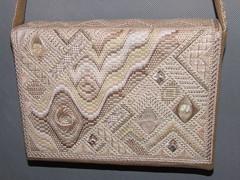 puzzle purse back