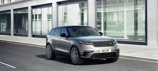 RR_Velar_18MY_351_GLHD_PR_Location_Dynamic_010317