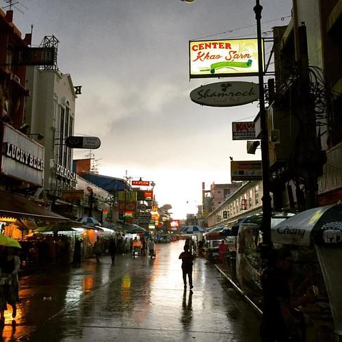 #Rain  @ #khaosanroad #Bangkok #Thailand  #thailoup #traveloup