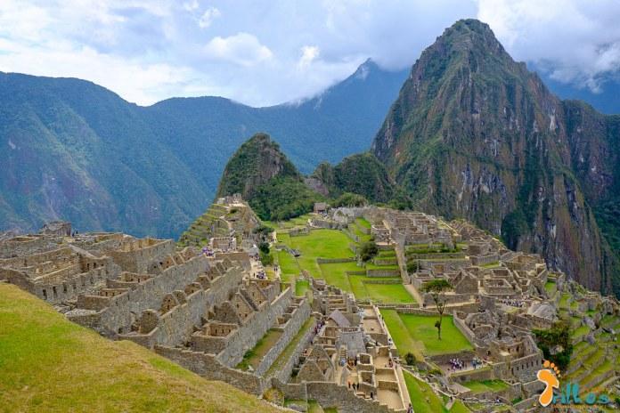 Machu-Pichu-Peru-1833.jpg