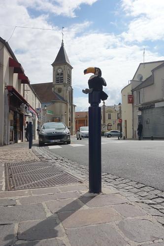Pelico dans le centre ville et son clocher