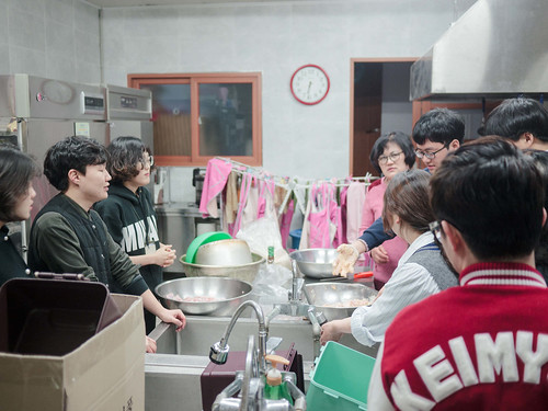 Mission Work using Stir-fried Rice Cake_MDY_180311_36