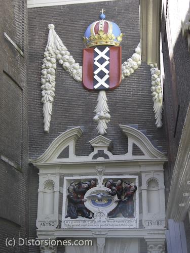 Las tres cruces de Amsterdam