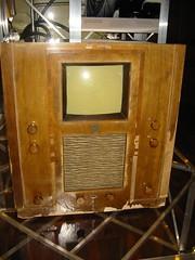 First modern TV set: Telefunken 1936