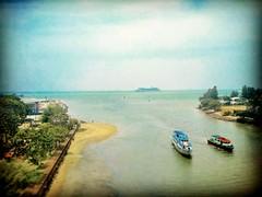 5, 75000 Melaka https://goo.gl/maps/PYXfDba4gK82  #travel #holiday #beach #Asian #Malaysia #Malacca #melaka #travelMalaysia #holidayMalaysia #旅行 #度假 #海 #亚洲 #马来西亚 #马六甲 #trip #马来西亚旅行 #pantai #traveling #马来西亚度假 #boat #船