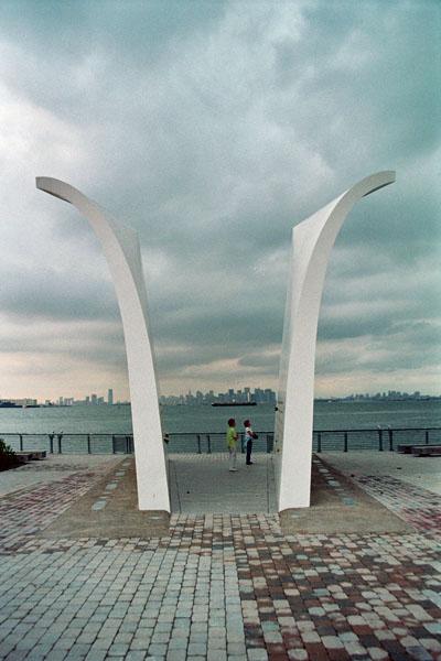 Staten Island 9/11 Memorial - acnatta/Flickr