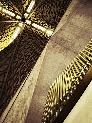 Pier Luigi Nervi, Saint Marys Cathedral, San Francisco (1971)