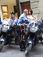 Carabinieri flirting