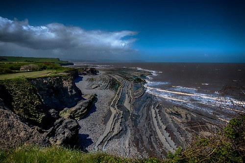Tide out reveals old strata