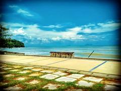 Bahagian Kuching, Sarawak https://goo.gl/maps/BGfj3nyhQL62  #travel #holiday #Asian #Malaysia #Sarawak #Kuching #travelMalaysia #holidayMalaysia #旅行 #度假 #亚洲 #马来西亚 #沙拉越 #古晋 #trip #马来西亚旅行 #traveling #马来西亚度假  #beach #海滩 #damaibeach #蓝天 #bluesky #tree #resort