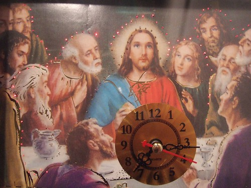 The infamous Jesus clock por amanjo.