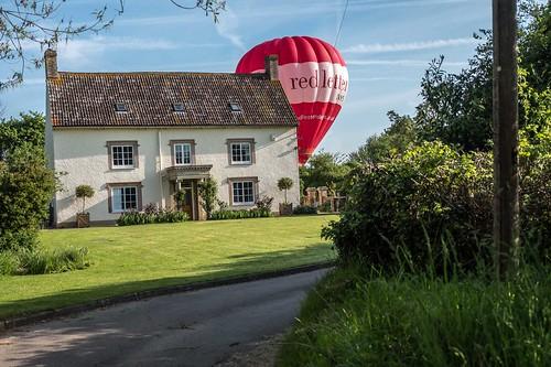 Balloon lift for farm house