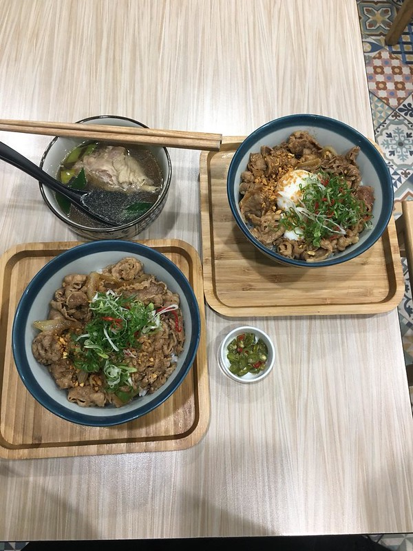 TAKU牛丼