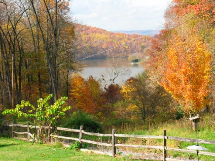 Fall in Lake Linganore