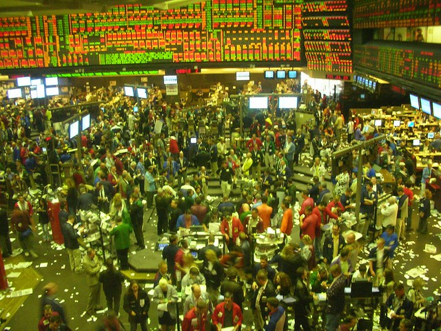 Image of Chicago Board of Trade trading pit
