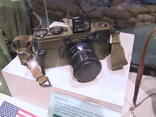 US ARMY Rangefinder camera 70mm - Graflex Combat Graphic by gnawledge wurker