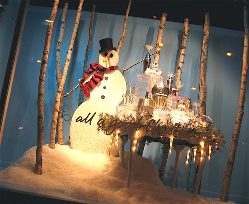Macy's Christmas Windows: Swingin' Snowman