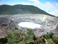 Poas volcano, Volcán Poás with Mountains