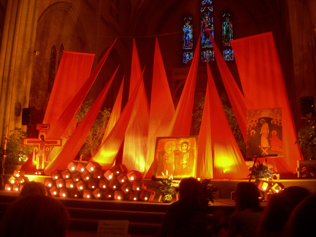 Taiz 233 Altar In Montr 233 Al Flickr Photo Sharing