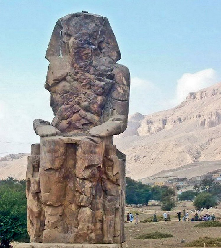 Colosos de Memnon Tebas Luxor Egipto 02