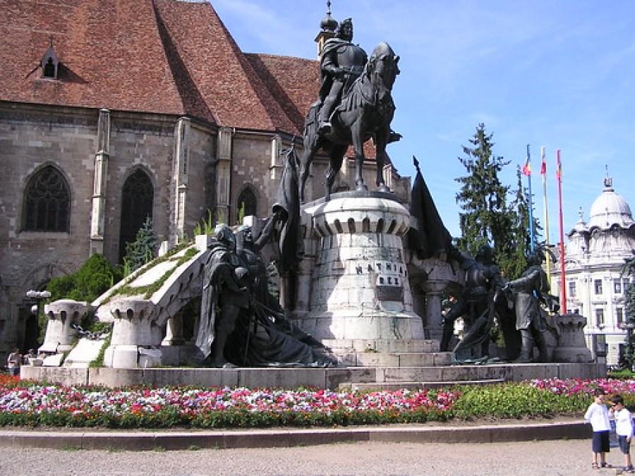 Estatua del rey Matías Corvino de Hungría (1458-1490) Cluj-Napoca Rumania 002