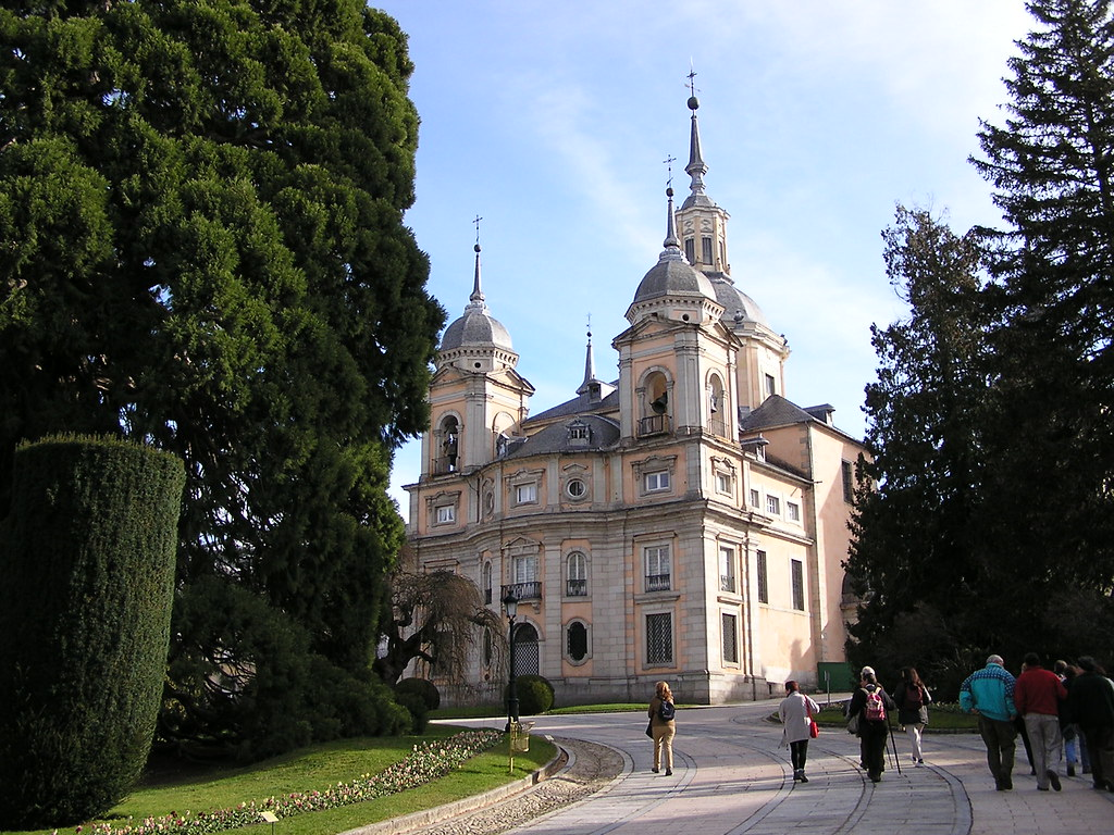 Jardines del Medio Punto Colegiata del Palacio Real La Granja de San Ildefonso Segovia 13