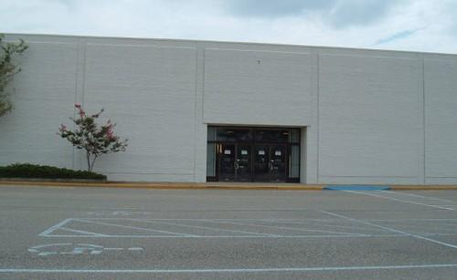 Montgomery Wards @ Coliseum Mall (1985-2001)