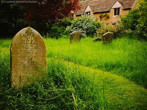 cemetery in castle comb