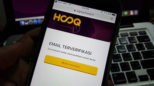 ภาษาของระบบนี่ดูสับสนมาก ผมยืนยันอีเมลไป แล้วหน้าเว็บก็เป็น Bahasa Indonesia