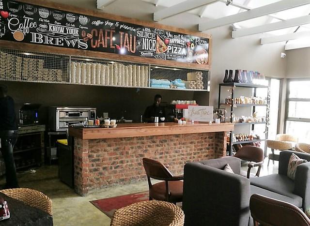 Coffee shop Thanda Tau