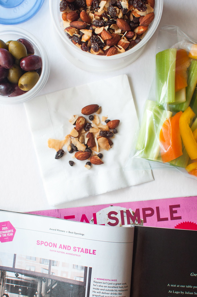 11 Tips for Packing Healthy Travel Snacks