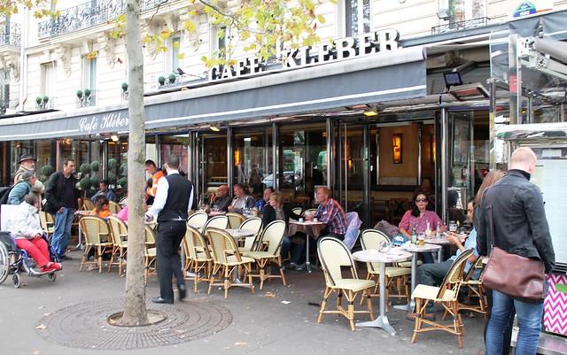 outdoor cafe in paris