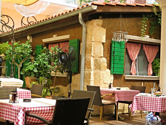 trattoria tinel, split, restaurants in split, best places to eat in split, things to do in split, cheap holiday in split