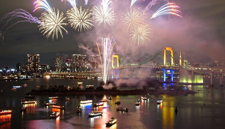 Tokyo Bay Grand Fireworks 2013 at Odaiba