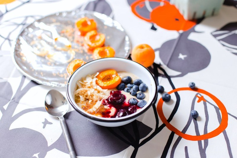 Coconut Flour Porridge with Roasted Apricot