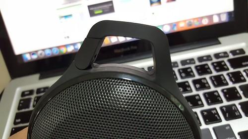 ตัวหูเกี่ยวของ JBL Clip+