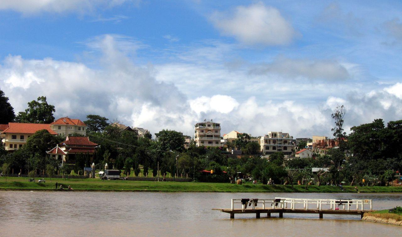 Xuan Huong Lake, things to do in da lat