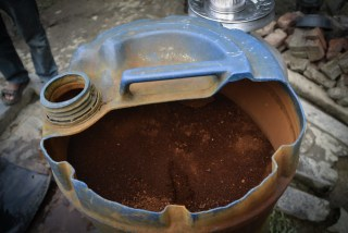Iron residue in a bio-sand filter. Traditionally, people used such home-made filters which were significantly effective in removing some contaminants.
