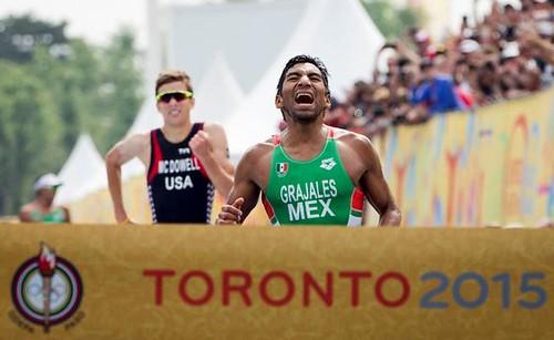 Crisanto Grajales oro en triatlon panamericano Toronto 2015