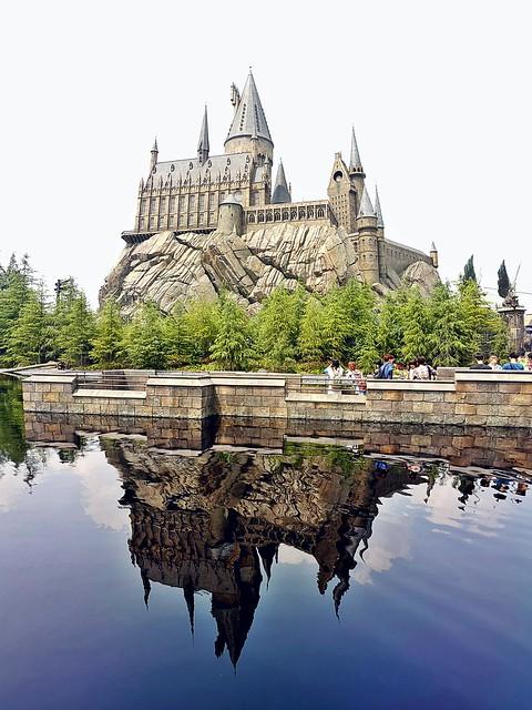 ฮอกวอตส์จำลองใน Universal Studios Japan