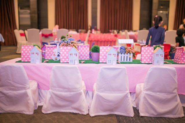 table (1)a