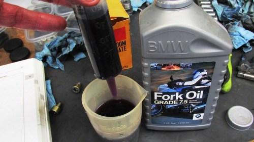 Filling Syringe with Fork Oil