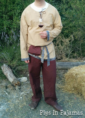 Medieval Men's Costume