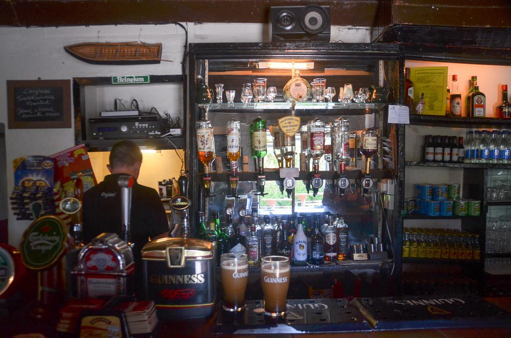 Teac Ostu Pub at Inismaan-002