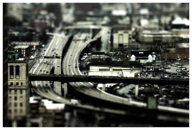 Baltimore [Population: 288,530,000]