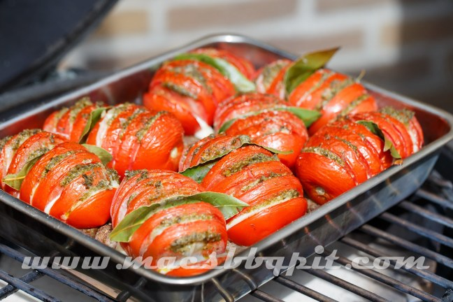 Hasselback Tomatoes