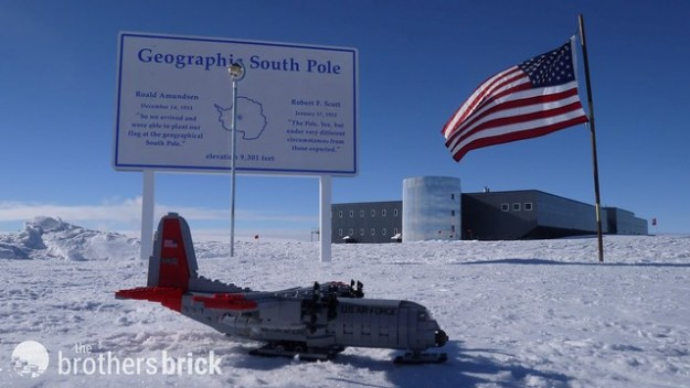 LEGO Hercules travels to the South Pole