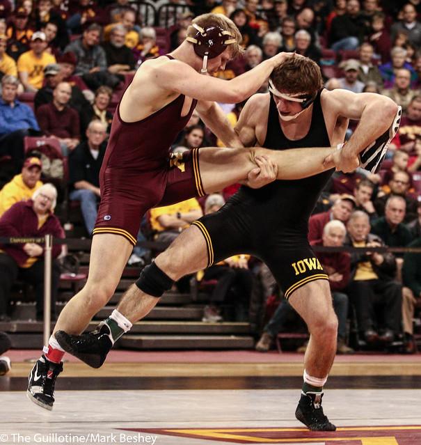 174: No. 11 Alex Meyer (Iowa) maj dec Chris Pfarr (Minn), 9-1   Minn 0 – Iowa 15