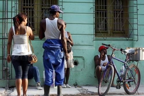 Hanging, Havana, Cuba