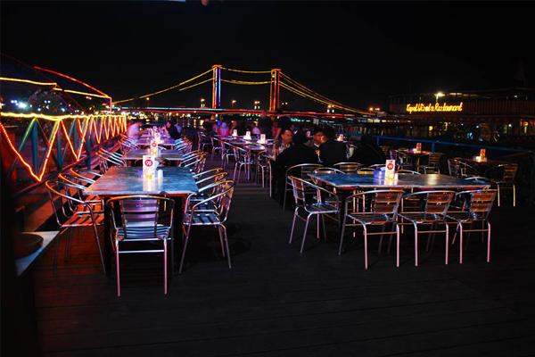Wisata kuliner sungai musi